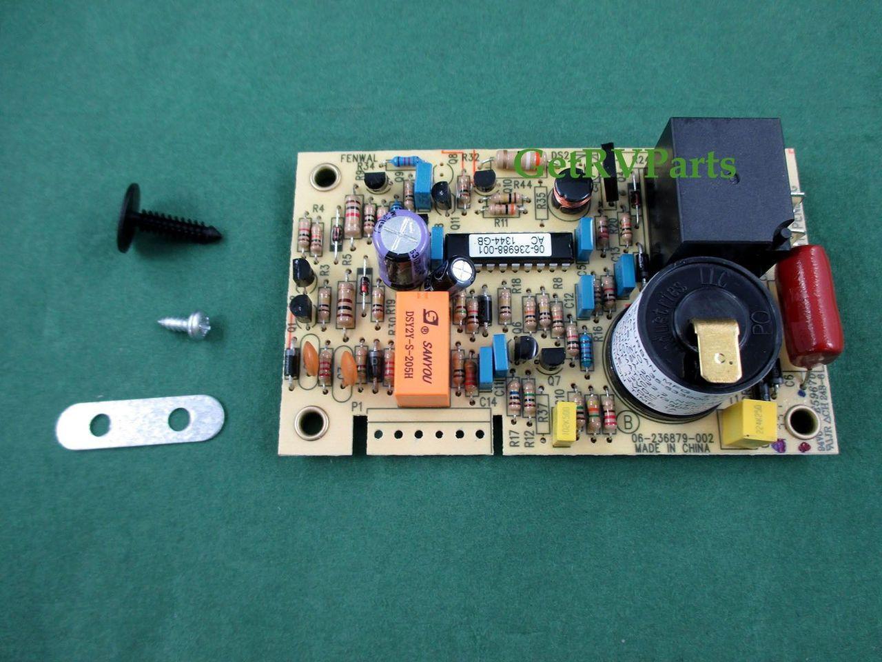Suburban | 520820| RV Furnace, Water Heater Control Circuit Board