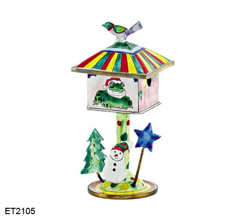 ET2105 Kelvin Chen Christmas Frog Birdhouse