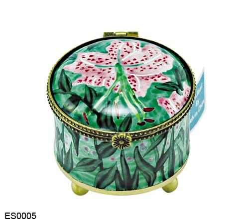 ES0005 Kelvin Chen Asiatic Lilies Stamp Box
