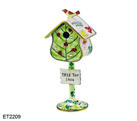 ET2209 Kelvin Chen Ladybug Birdhouse