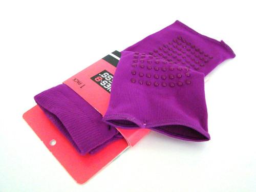 Dark Pink Split Toe Yoga Socks with grips (SplitToe-Pink)