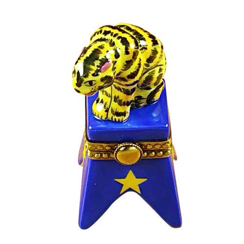Circus Tiger On Blue Base Rochard Limoges Box