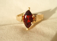 Vintage Garnet Solitaire 14K Ring