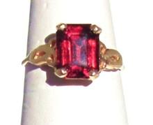Vintage Garnet 14K Ring