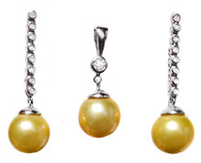 Golden South Sea Pearl & Diamond 14K Pendant & Earrings Set