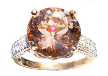 Round Morganite & Diamond Ring