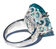 14 ct Aquamarine and Diamond 18K Ring