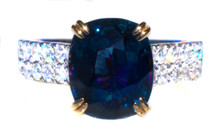 Blue Spinel and Diamond 18K Ring