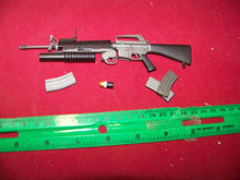 Miniature 1/6th nritish M16 w/ M203 Grenade Launcher  RARE