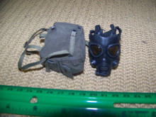 Miniature 1/6th WWII US Gas Mask & Bag #9
