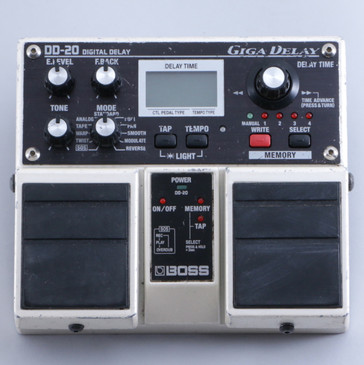 Boss DD-20 Giga Delay Guitar Effects Pedal P-05930
