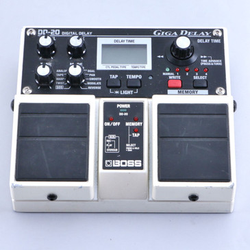 Boss DD-20 Giga Delay Guitar Effects Pedal P-06413