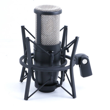 AKG P420 Condenser Multi-Pattern Microphone w/ Shock Mount MC-2950