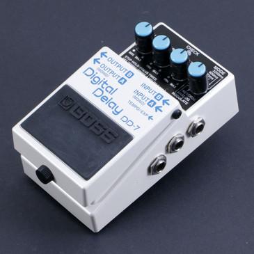 Boss DD-7 Digital Delay Guitar Effects Pedal P-06873