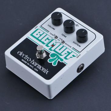 Electro-Harmonix Big Muff Pi Tone Wicker Fuzz Guitar Effects Pedal P-06904