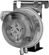 Siemens QBM81-20 , Differential pressure monitor, 200...2000 Pa