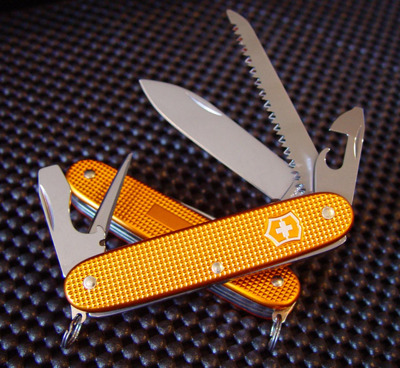 Victorinox Swiss Army 0 8241 281ro Farmer 93mm 3 66