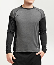 Form fitting running and fitness shirt