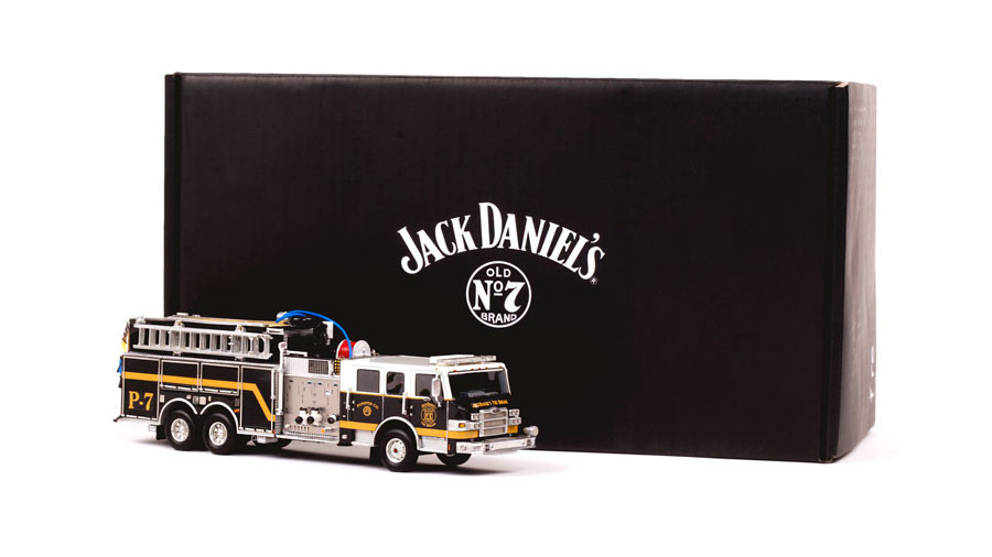 Jack Daniel's P-7 Pumper 1:50 scale model