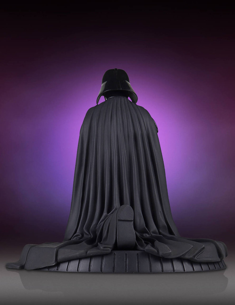 Darth Vader Collectors Gallery Statue Thumbnail 3