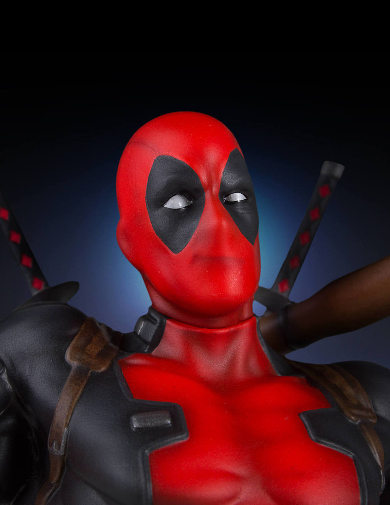 Deadpool Collectors Gallery Statue Thumbnail 10