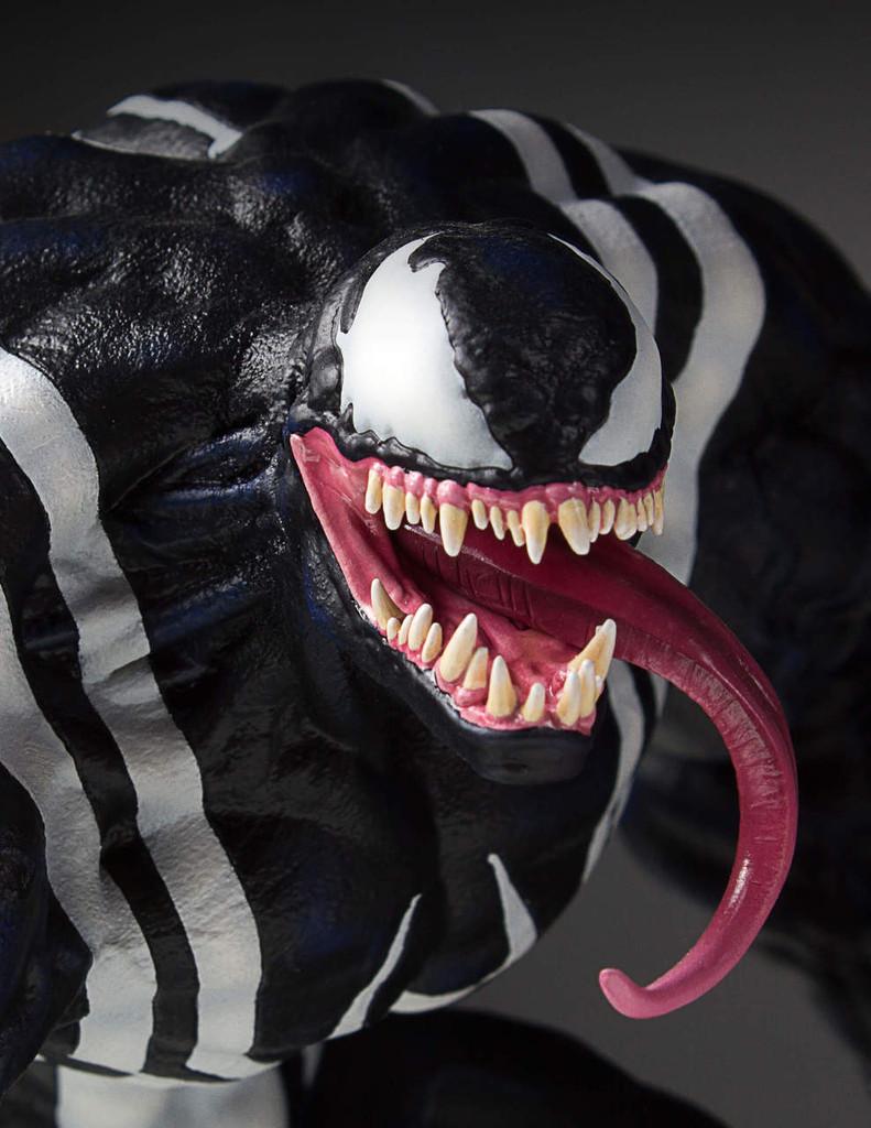Venom Collectors Gallery Statue Thumbnail 3