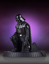 Darth Vader Collectors Gallery Statue Thumbnail 10