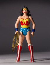 Wonder Woman Jumbo Figure Super Powers Collection Thumbnail 2