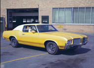 1972 Oldsmobile Cutlass Supreme Poster