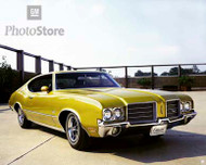 1971 Oldsmobile Cutlass S Holiday Coupe Poster