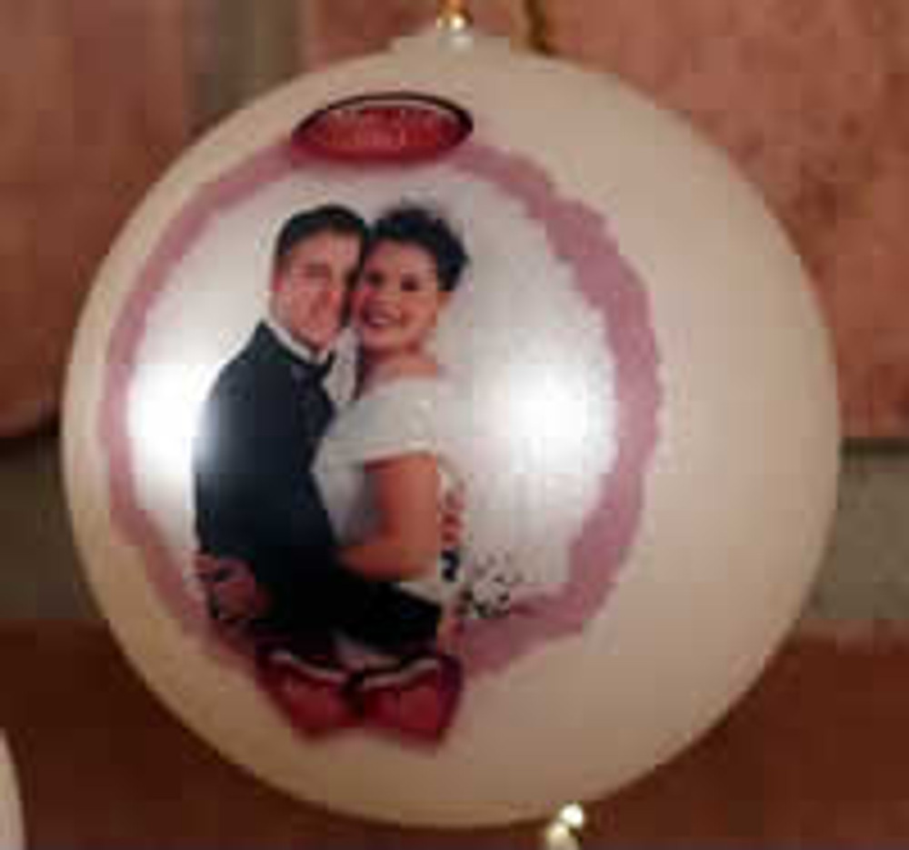 Personalized Ball Ornaments are the perfect holiday gift idea.
