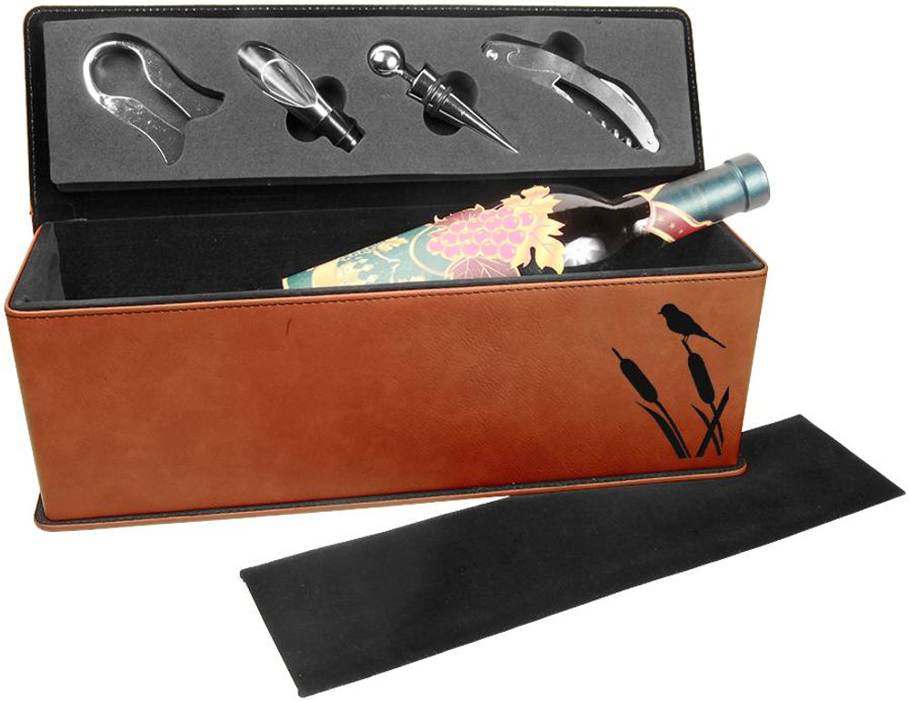 The classic rawhide finish with deep black engraving give a traditional gift with style!