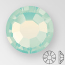 ss20 CHRYSOLITE OPAL - PRECIOSA MAXIMA Flat Back, 15 facets, foiled