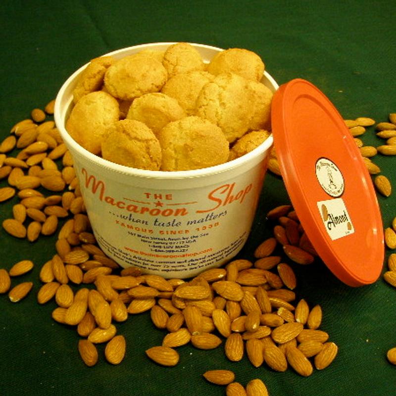 Gourmet Almond Macaroons 1 lb. Tubs