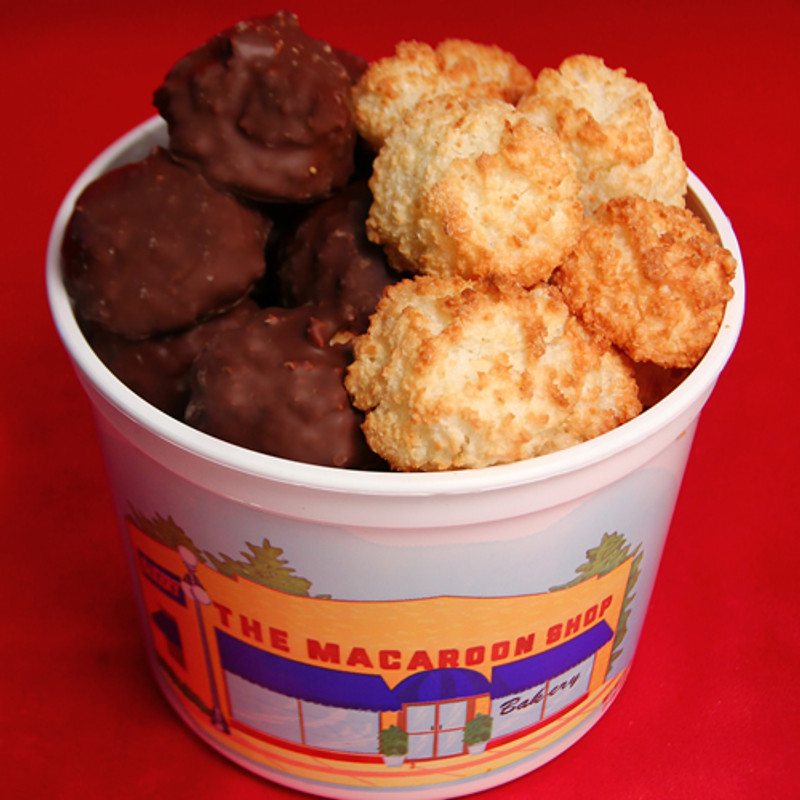 Coconut Mixed Tub - Half a pound coconut and half a pound of chocolate-covered coconut macaroons