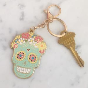 Sugar Skull Keychain Key Fob Bag Charm Enamel Flair - Day of the Dead - Dia de los Muertos - Wildflower Co (1)