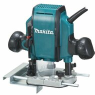 Makita 1-1/4 HP Plunge Router RP0900K