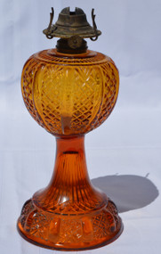 2902 Amber Stem Waffle Design Oil Lamp