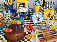Cops and Robbers Party Basic Party Pack