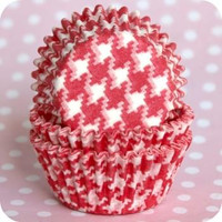 Standard Size Red Houndstooth Baking Cups