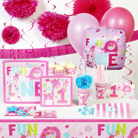 Fun at One Girl Super Deluxe Party Pack