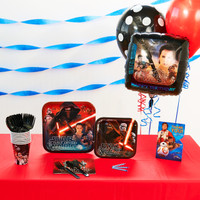 Star Wars 7 The Force Awakens Basic Party Pack