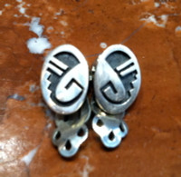 EARRINGS HOPI SILVER SMALL OVAL CLIP
