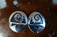 EARRINGS HOPI SILVER OVAL WATER PATTERN DESIGN CLIP Mitchelle Sockyma