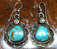 EARRINGS NAVAJO TURQUOISE FRENCH WIRE DANGLE PAWN ESTATE JEWELRY SOLD