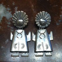 EARRINGS NAVAJO STERLING SILVER SUNFACE FIGURE MOTIF Wilber Vasquez SOLD