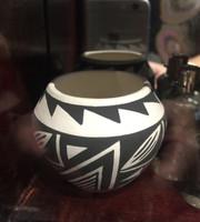 Pottery Acoma Debbie Brown PADB9