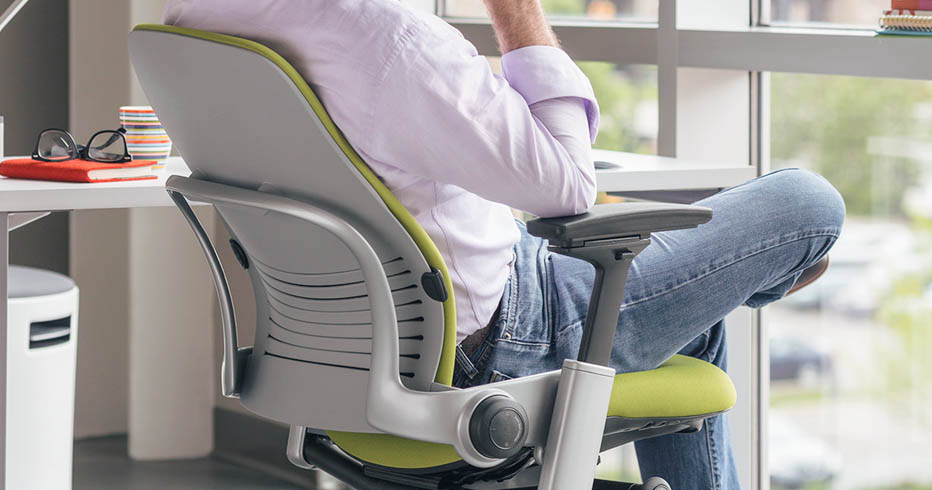 as a relative newcomer to the ergonomic chair market iu0027ve recently been looking at a couple of different chairs to purchase for my home office