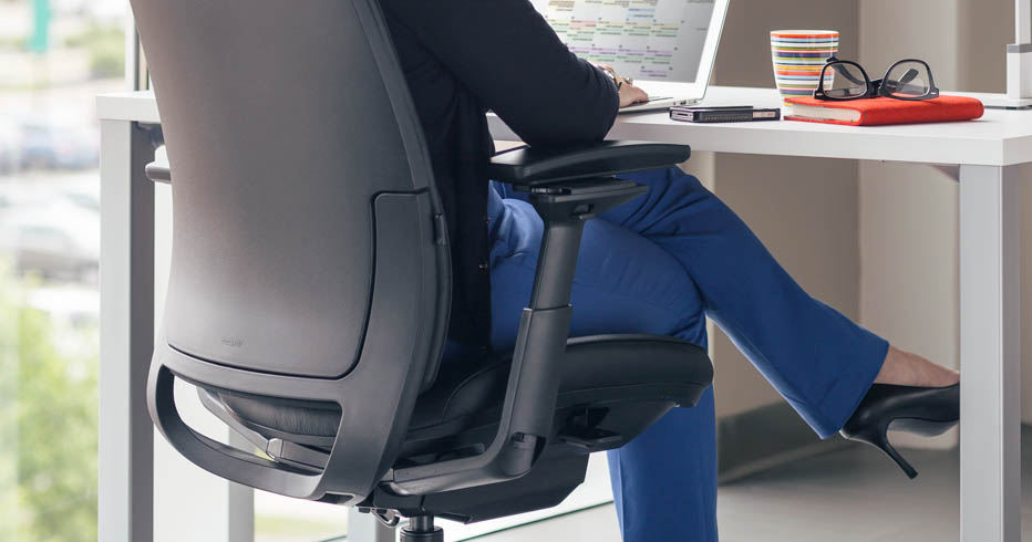 Petite Chair sizing up the right petite chair for smaller users - human solution