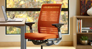 Crafted to fit a wide range of users looking for an easy-to-use and adaptive ergonomic chair